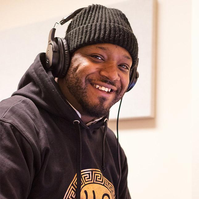 Darnell, a Creative Arts participant
